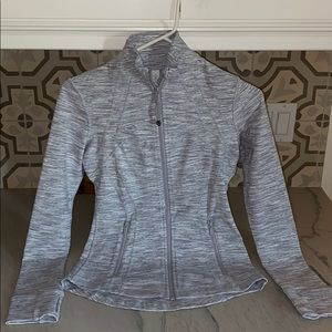 BRAND NEW NEVER WORM GREY AND WHITE LULU JACKET